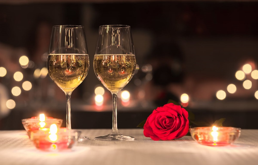 Perfect Romantic Restaurants in Noida, Spend Quality Time With Your Sweetheart